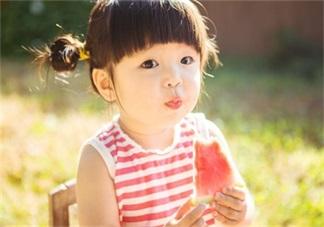 婴儿可以吃西瓜吗   多大宝宝吃西瓜没问题呢