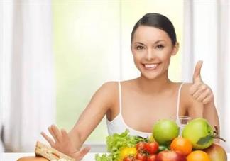 顺产几天可以吃蔬菜水果 刚生产完吃水果需要注意什么