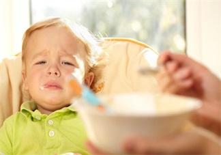 孩子夏天不愿意吃饭 不一定是厌食症在作祟