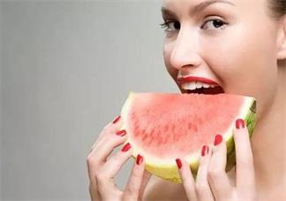 准妈妈吃西瓜有这些讲究 孕妇科学吃西瓜方法