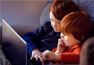 宝宝利用游戏学习  如何确保孩子成长