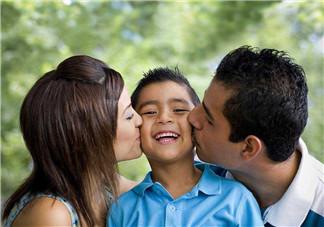 如何教育男孩子  成就男孩健全性格