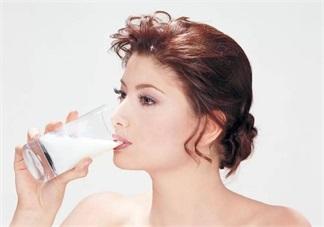 喝牛奶助准妈妈睡眠吗 失眠可以喝牛奶吗