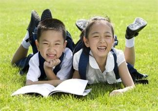 学校开运动会买什么鞋子比较好 适合孩子在运动会穿的鞋子推荐