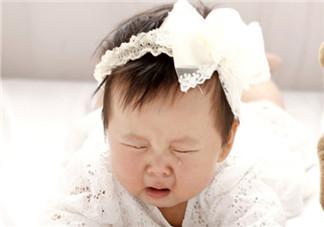 新生儿爱流泪眼屎多的原因 泪囊炎产生的因素