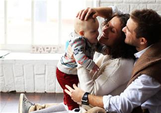 什么游戏促进宝宝智力发育 家长怎么做让孩子更聪明