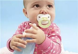 哺乳期来月经什么时候断奶 哺乳期来月经应该在多长时间内主动断奶