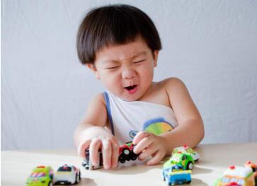 哪些物品能够保护宝宝安全 家庭生活要给宝宝准备哪些东西