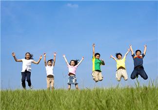 学龄前孩子可以训练哪些运动技能 不同年龄阶段的孩子如何运动
