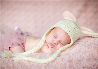 什么是宝宝睡眠储蓄能量 新生儿休息多久才能储蓄白天活动的能量