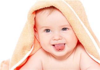 宝宝呕吐是食物过敏吗 如何处理孩子呕吐