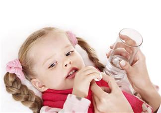 如何用小儿推拿法治疗孩子咳嗽 小儿推拿治咳嗽的手法步骤有哪些