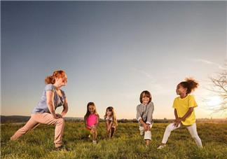 亲子运动怎么增进亲子感情 如何和孩子一起运动锻炼