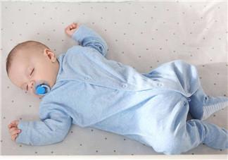 如何让宝宝转换到幼儿床 怎么帮孩子创建良好的睡眠环境