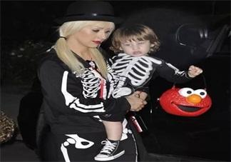 万圣节给孩子打扮成什么样子比较好 万圣节孩子打扮什么样子最搞怪