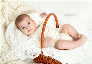 0-3个月宝宝有哪些常见的睡眠问题 如何让0-3个月宝宝睡好觉