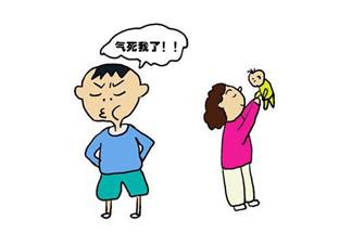 大宝嫉妒二宝家长怎么说 怎么跟孩子说嫉妒羡慕区别