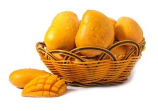 剖腹产坐月子的时候可以吃芒果吗 产后吃芒果会怎么样