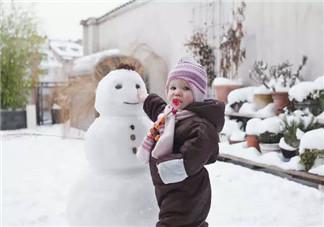 冬天小孩手上长冻疮怎么护理 怎么预防宝宝长冻疮
