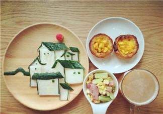 给孩子做早餐的说说朋友圈 早起为娃做早餐的心情感概