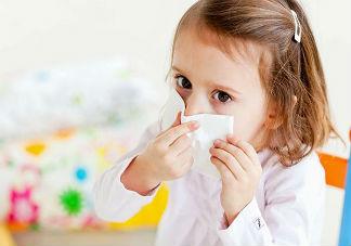 小孩2018冬季过敏性鼻炎是怎么引起的 小孩过敏性鼻炎预防治疗方法