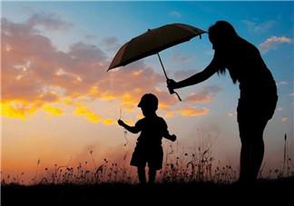 孩子长大了我们却老了心情说说 孩子长大了父母却老了感概句子
