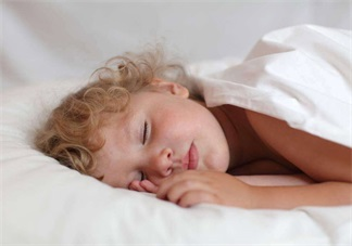 怎么让孩子按时乖乖睡觉 2018让孩子听话睡觉的方法