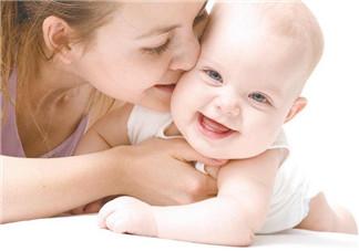 剖腹产当天可以喂奶吗   剖腹产多久可以喂母乳
