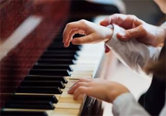孩子喜欢音乐怎么培养比较好 怎么和孩子一起玩音乐