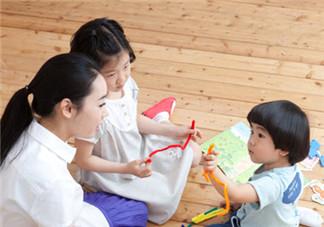 怎么让宝宝多说话 怎么锻炼宝宝说话的胆量