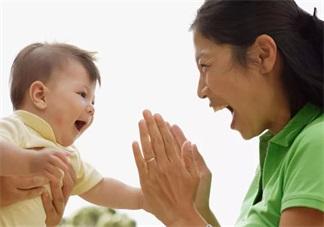 孩子特别喜欢说话的时候应该怎么培养 孩子的语言发展期培养方法