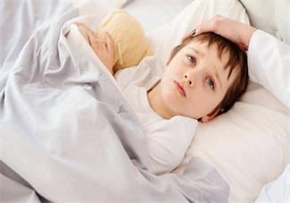 孩子生病心情短语 心疼宝宝生病的说说