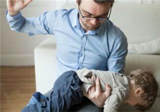 孩子不听话家长该不该打 孩子不听话就想打怎么办