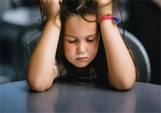 孩子总是爱顶嘴叛逆不听话怎么办 孩子总是顶嘴我们应该怎么做比较好