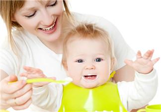 宝宝最迟多久说话 宝宝会说话的前兆有哪些