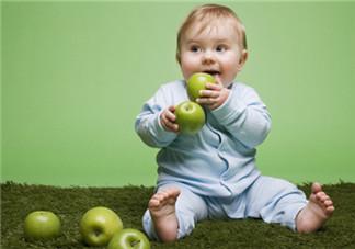 怎么和一岁半宝宝相处 一岁半宝宝调皮不听话怎么管教
