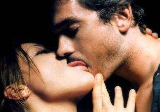 性生活时性爱技巧有多重要 2018增加两性情趣的技巧推荐