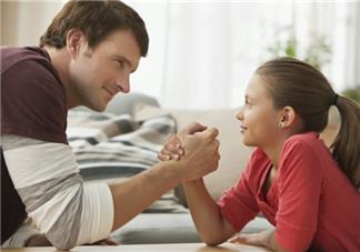 孩子厌烦家长说话怎么办 父母怎样巧妙与孩子沟通