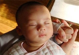 孩子睡着了之后要注意哪些问题 在孩子睡着之后我们要注意什么