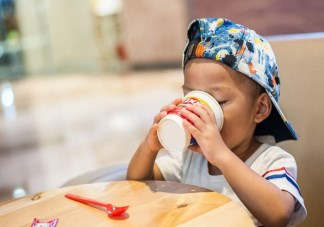 孩子能不能喝可乐 孩子多大可以喝饮料