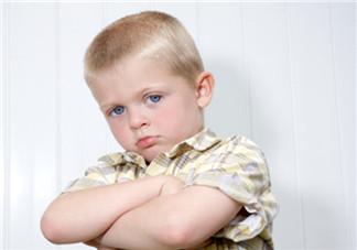 孩子脾气大怎么教育 孩子脾气差很倔如何引导