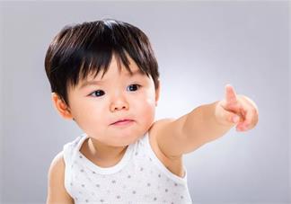 孩子不爱说话是什么原因导致的 孩子说话结巴怎么正确引导他