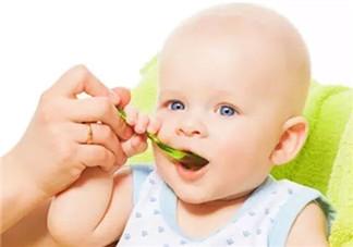 宝宝开始辅食多久断奶 宝宝开始辅食之后就断奶好吗