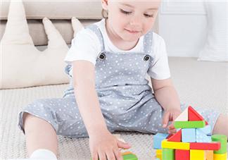 促进智力发育的玩具怎么选 适合一岁宝宝智力发育的玩具有哪些