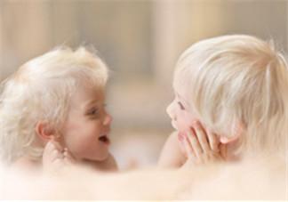 1岁宝宝不会说话正常吗 宝宝一直咿呀说话怎么办