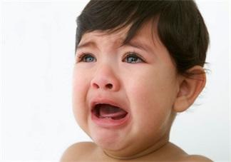 孩子特别的爱哭怎么办 怎么让孩子坚强点
