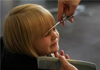 剪短了头发剪断了牵挂说说 剪短了头发剪断了牵挂心情句子