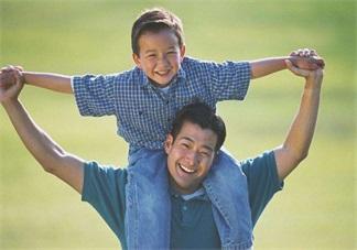 孩子总是问爸爸去哪了怎么办 孩子的成长中爸爸有多重要