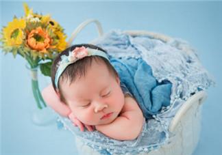 宝宝满月怎么发朋友圈 宝宝满月妈妈感言说说