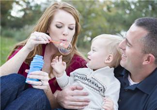 儿子变乖的心情说说 儿子很听话父母开心的心情感慨